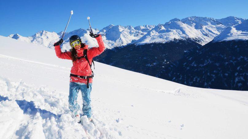 Jakie zasady bezpieczeństwa obowiązują podczas skitouringu?