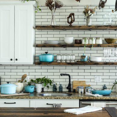 Szafki wiszące do kuchni – praktyczne porady