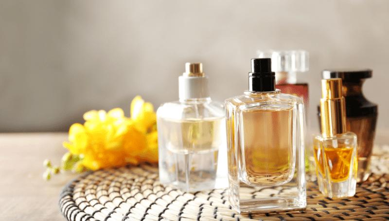 Jak wyselekcjonować dopasowane do oczekiwań perfumy?
